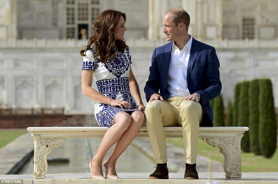 Принц Уильям и Кейт Миддлтон посетили дворец Тадж-Махал