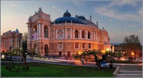 старейшего в Украине оперного театра